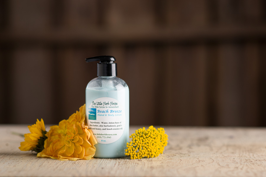 Beach Barn & Gardens of The Little Herb House - Breeze Hand & Body Lotion
