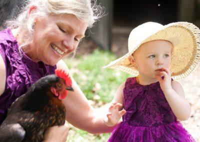 Lisa, Hen and Young Customer
